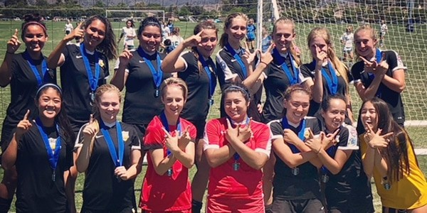 team photo Beach FC G02 DPL Champions Eagles Summer Classic