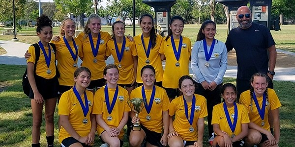 team photo CHAMPIONS SB g04 B LOPEZ fclb invitational